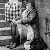 Entinen presidentti Tarja Halonen köyhänä Kallion kaduilla