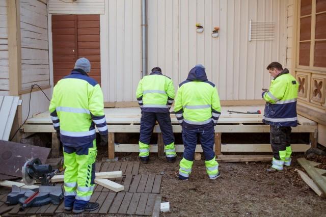 """Kuva sarjasta """"Vankityö"""", Miikka Pirinen"""