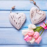 Rakkautta pitää aktiivisesti näyttää sanoilla ja teoilla