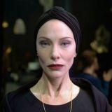 Oscar-palkittu Cate Blanchett täynnä uhoa kohutussa Manifestossa