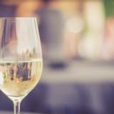 """""""Sommelierin tehtävä on etsiä asiakkaalle viini, josta hän pitää"""""""
