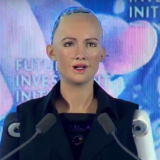 Saudi-Arabia myönsi kansalaisuuden robotille