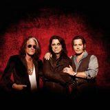 Huh mikä trio! Johnny Depp, Alice Cooper ja Joe Perry samalle lavalle Kaisaniemenpuistoon