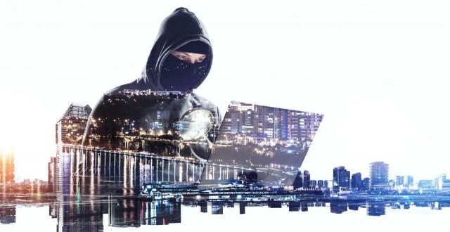 Kyberhyökkäyksen vaara on varsinkin yritysmaailmassa otettava tarkoin huomioon, mutta myös yksilön tasolla.