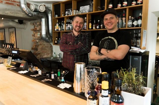 Tuomas Luukolla (vas.) ja Mika Nikkasella on yli 20 vuoden kokemus alalta.