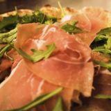 Baccon pizzojen salaisuus piilee valmistustavassa – taikinaa kohotetaan neljä vuorokautta