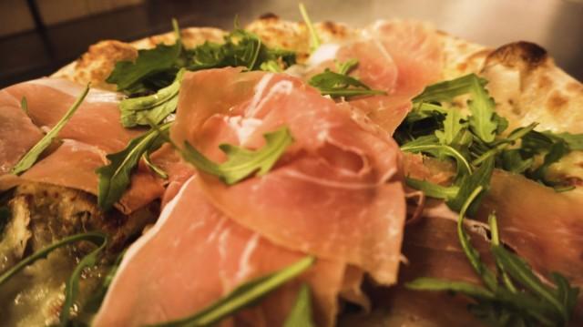 Suurin osa Baccon pizzojen raaka-aineista tuodaan suoraan italialaisilta tuottajilta.