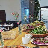 Väinö Kallio tarjoaa upeat puitteet tapahtumille – päivisin perinteikäs pankkisali toimii lounasravintolana