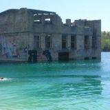Tallinna: tunnin bussimatka vie upealle uimareissulle upotetun vankilan maisemiin