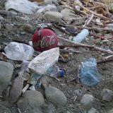 Plogging on pop – Lenkkeillessä voi napata roskan talteen taskuun tai jätesäkkiin