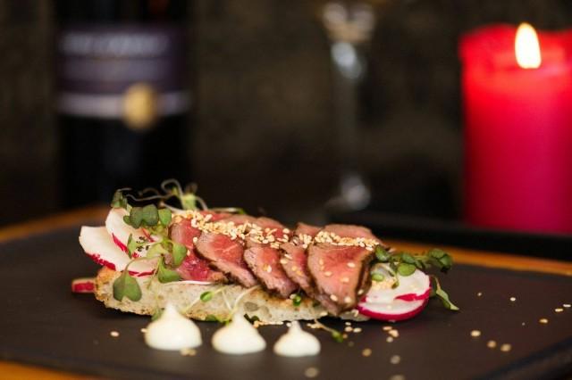 Rafael's Steakhouse & Bistro: Beef Tataki