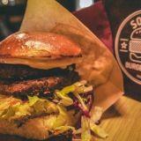 Helsingin parhaat vegeburgerit: Social Burgerjointin Brooklyn Burgerin tuhti tuplapihvi taltuttaa isommankin nälän