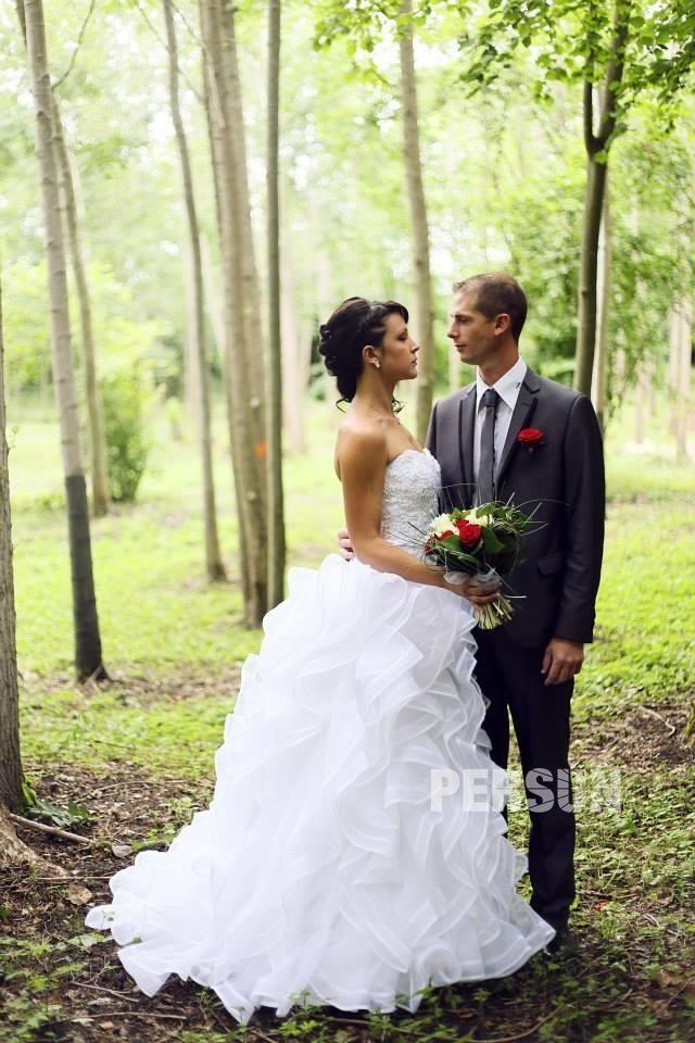 robe de mariée princesse à jupe volanté