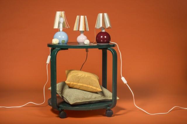 Mallikodissa on tarjolla ideoita käsillä tekemiseen. Esimerkkinä nämä Marjo Mainingin lampun varjostimet.