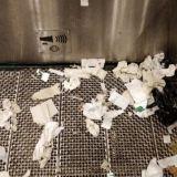 Rautatieaseman yleiset vessat ovat pullollaan huumeruiskuja –Mistä löytyisi parempi paikka piikittäjälle?