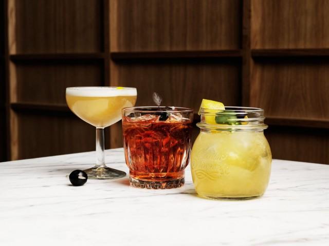 BW-Restaurants on alusta saakka panostanut laadukkaisiin cocktaileihin. Kuvassa Brondan cocktaileja.