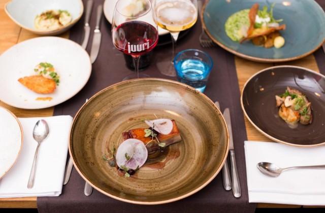 Toimittaja Stacey Lastoe ihastui ravintola Juuren annoksiin.