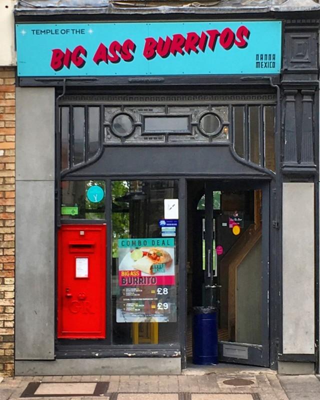 """Rohkealla iskulauseella ja viestinnällä brändi voi saada paljon myönteistä huomiota. Nanna Mexicon """"Temple of the Big Ass Burritos"""" on tästä oiva esimerkki."""