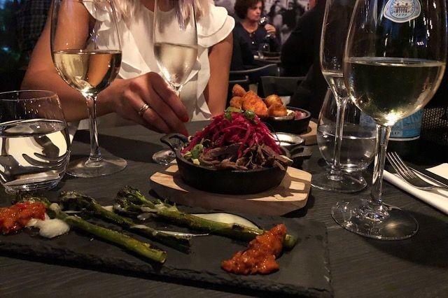 Broccolinit, poutine ja halloumiranskalaiset
