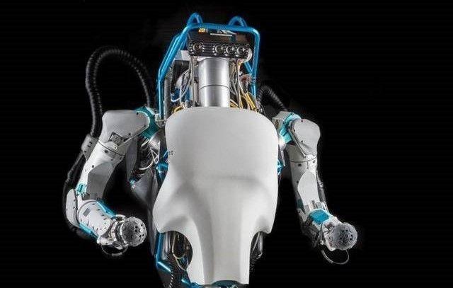Atlas on jo varsin ketterä humanoidi-robotti.