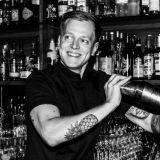 Unohda väljähtyneet GT:t – Butchers tarjoilee kunnon cocktaileja yökerhotunnelmissa