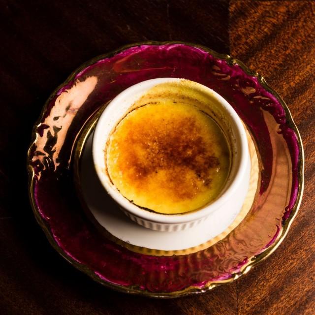 Magun keittiössä ei käytetä lainkaan eläinperäisiä ainesosia. Tämäkin crème brûlée on valmistettu ilman maitoa ja kananmunaa.