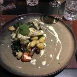 Clarion Hotel Helsingin Kitchen & Tablessa syömässä