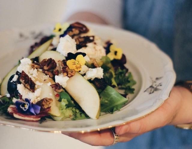 Bruket Cafen lounaalla on huomioitu monenlaiset erityisruokavaliot.