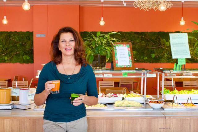 Satu Silvon Silvoplee on Helsingin pitkäikäisimpiä kasvisravintoloita, ja se on menestynyt hyvin myös Cityn Ravintolaäänestyksessä jo useampana vuonna.
