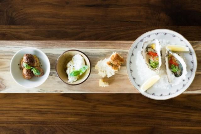 Ravintola Penélopen ruokalistalla on vaikutteita ympäri maailmaa.