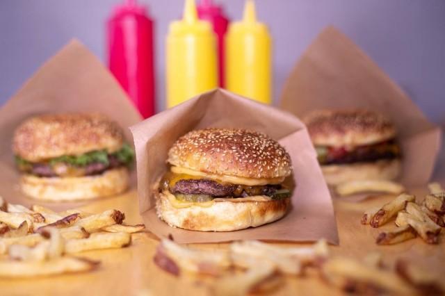 Bitesin burgerit tunnetaan erityisen mehevistä itse leivotuista briossisämpylöistään.