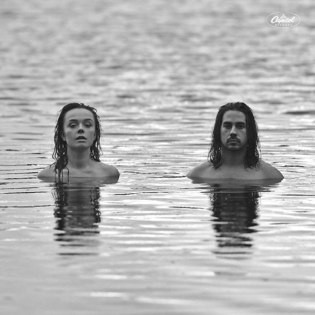 Eva + Manu julkaisi albumin In the Woods 18. tammikuuta.