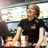 McDonald's tuo pöytiintarjoilun kaikkiin ravintoloihinsa – Tilaukset hoituvat digitaalisesti