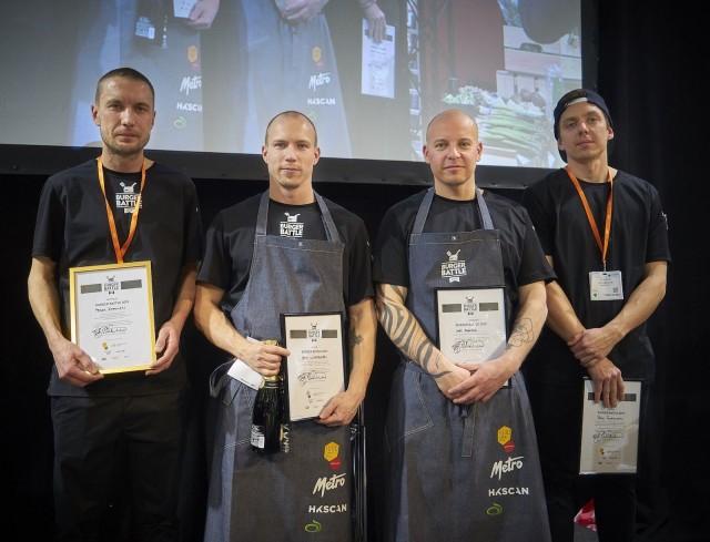 Burger Battlen neljän kärki: voittaja Pekka Koponen (vas.), Sami Liimatainen, Naughty BRGR Jyväskylä (2. sija), Jari Rahkola, RUOK Burger, Ruka (4. sija), Petri Tauriainen, ravintola Teini (3. sija)