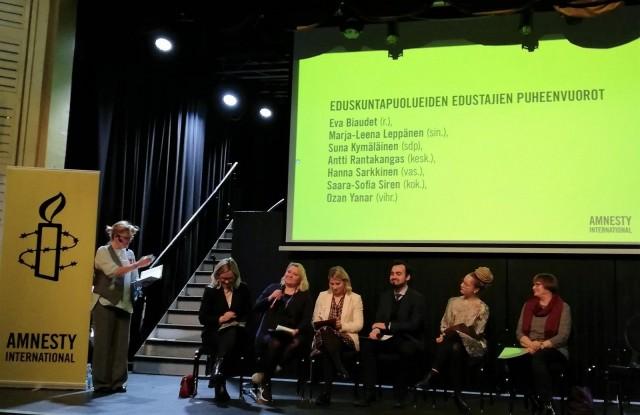 Amnestyn tilaisuudessa paikalla olleet eduskuntapuolueiden edustajat näyttivät vihreää valoa suostumusperustaiselle raiskauslaille.