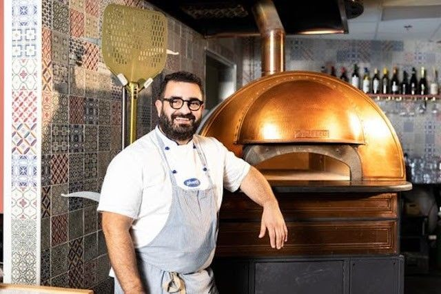 Myös Frenckellinaukion Pizzeriasta löytyy aito napolilainen Scugnizzonapoletano-uuni.