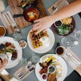 Grammaamaton ruoka ja muita 2019 vuoden ravintolatrendejä
