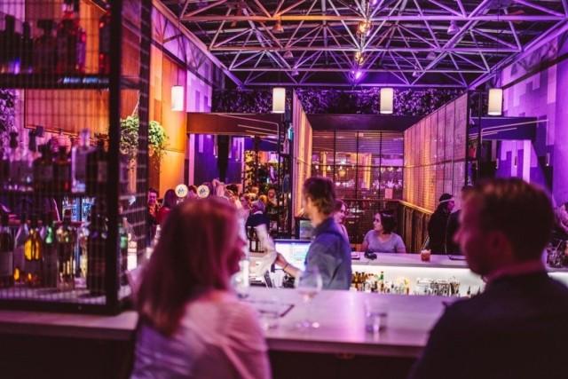 Bar Cón ja viisi muuta Korttelin ravintolaa järjestävät neljä erikoisillallista yhteistyössä We Love Helsingin kanssa.