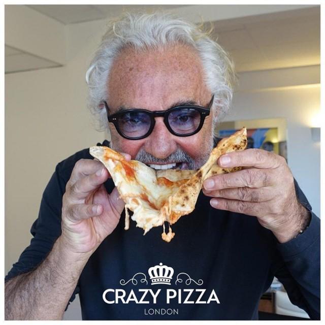 Flavio Briatore on ahkera yrittäjä, joka haluaa luoda aina jotain uutta. Crazy Pizza Lontoossa on hänen uusin luomus.