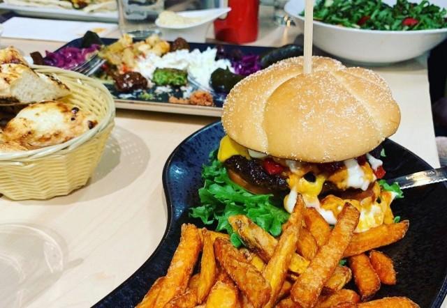 Classic & Vegan -ravintolasta löytyy paljon vaihtoehtoja niin vegaaneille kuin sekasyöjillekin.