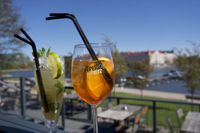 Il Gabbianon terassilla kelpaa nauttia myös raikkaita cocktaileja.