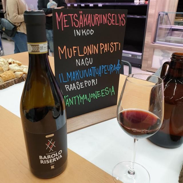 Pirkka-viinit lanseerattiin aluksi yrityskäyttöön, mutta nyt niitä saa myös Alkon tilausvalikoimasta.
