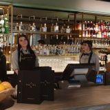 """Marski by Scandicin ravintola ja baari huokuvat """"finnfullnessia"""" – Cocktailissa maistuu mummonkurkku"""