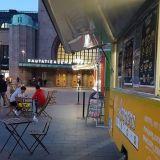 Street Foodia joka makuun: Pääkaupunkiseudun ruokarekat listattuna