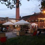 Konepaja Biergarten keskittyy pienpanimoiden tuotteisiin – Aurinkoisella kesäpihalla myös olutharvinaisuuksia