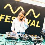 Ilmainen Bassline Festival tuo Torikortteleihin täyslaidallisen bändejä ja ravintola-alan kuumimpia tulokkaita