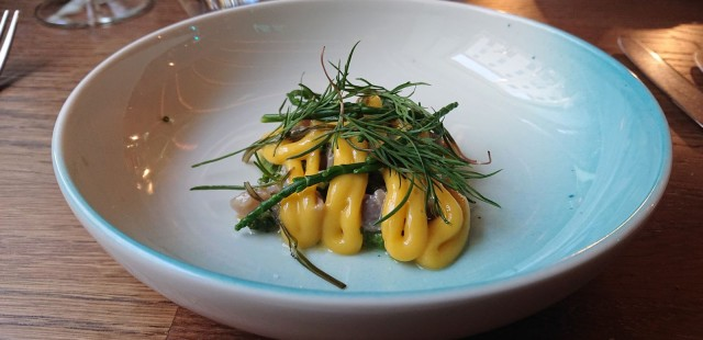Chef's menun räväkkä makrillialoitus