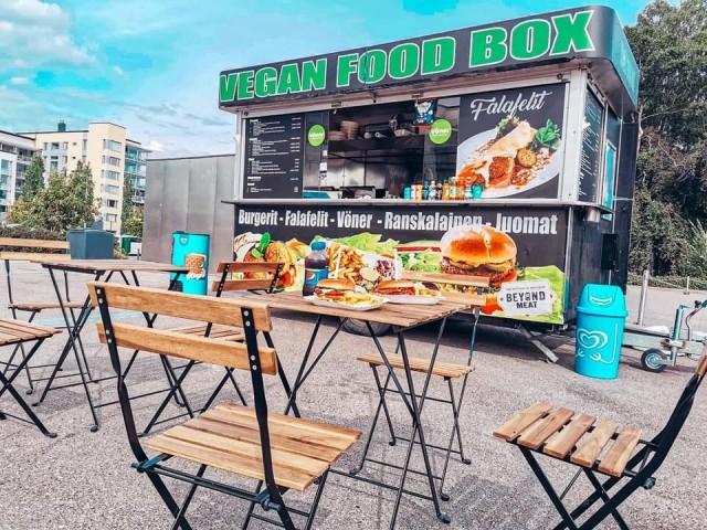 Vegan Food Box on vielä elokuun loppuun asti Aurinkolahden rannassa.