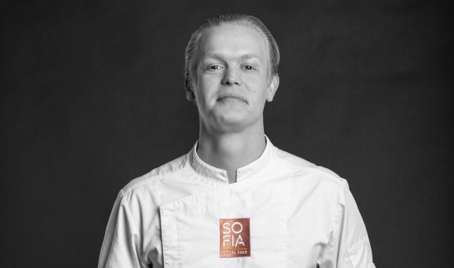 Viljami Broas valmistaa sesongin mukaista, kaunista ja ajatuksella valmistettua ruokaa, sellaista mitä haluaisi itsekin syödä.