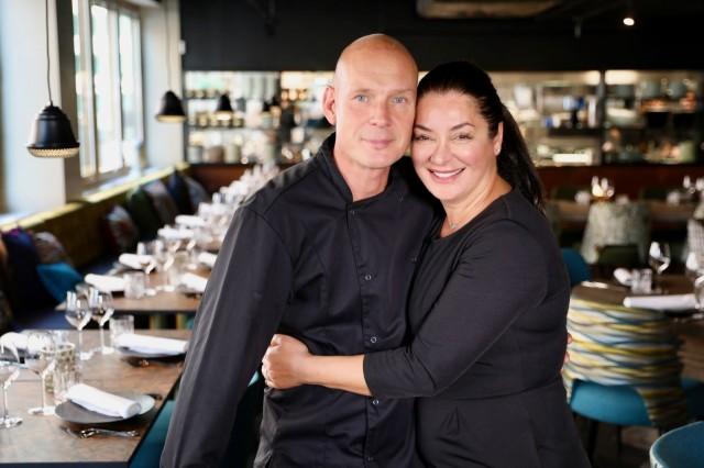 Ravintoloitsijat Aki Kallio ja Viviane Daaboul-Kallio